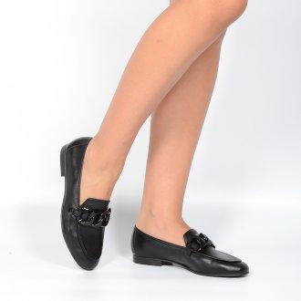 Loafer Couro Preto Detalhe Corrente V21 2