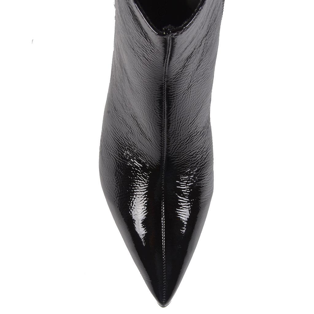 Bota cano curto verniz preta I19              4