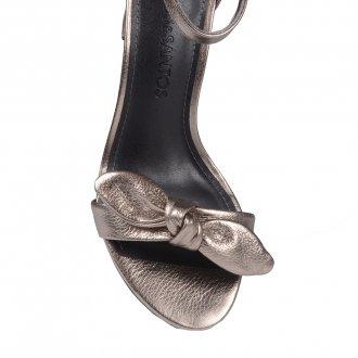 Sandália Couro Metalizado com Laço 3