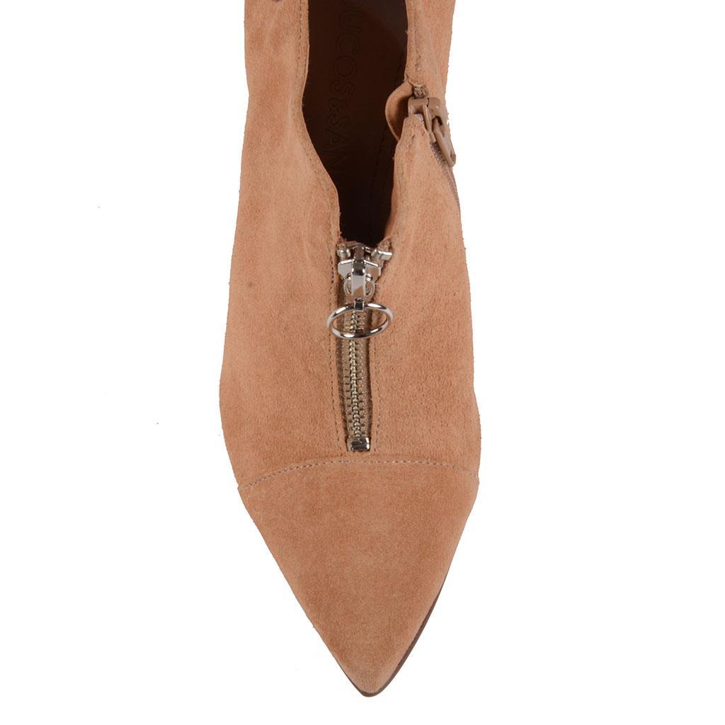 Ankle boot  com zíper I19 4