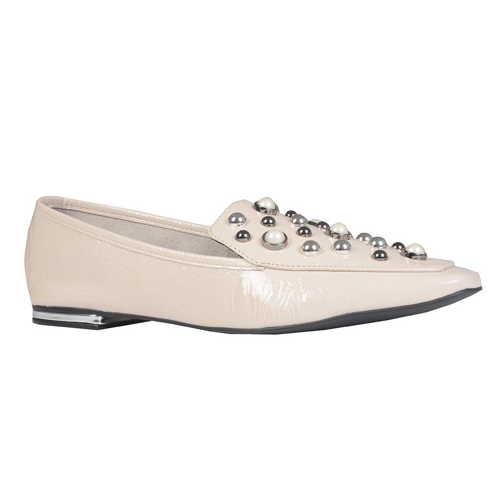 Loafer Off White Bico Quadrado Com Pérolas I21