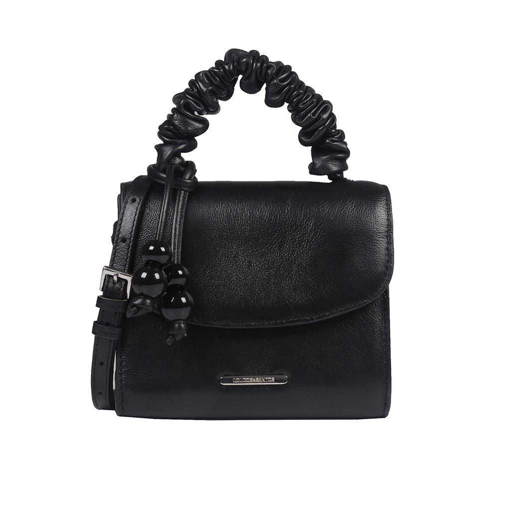 Clutch Tiracolo Preta com Bag Charm V21