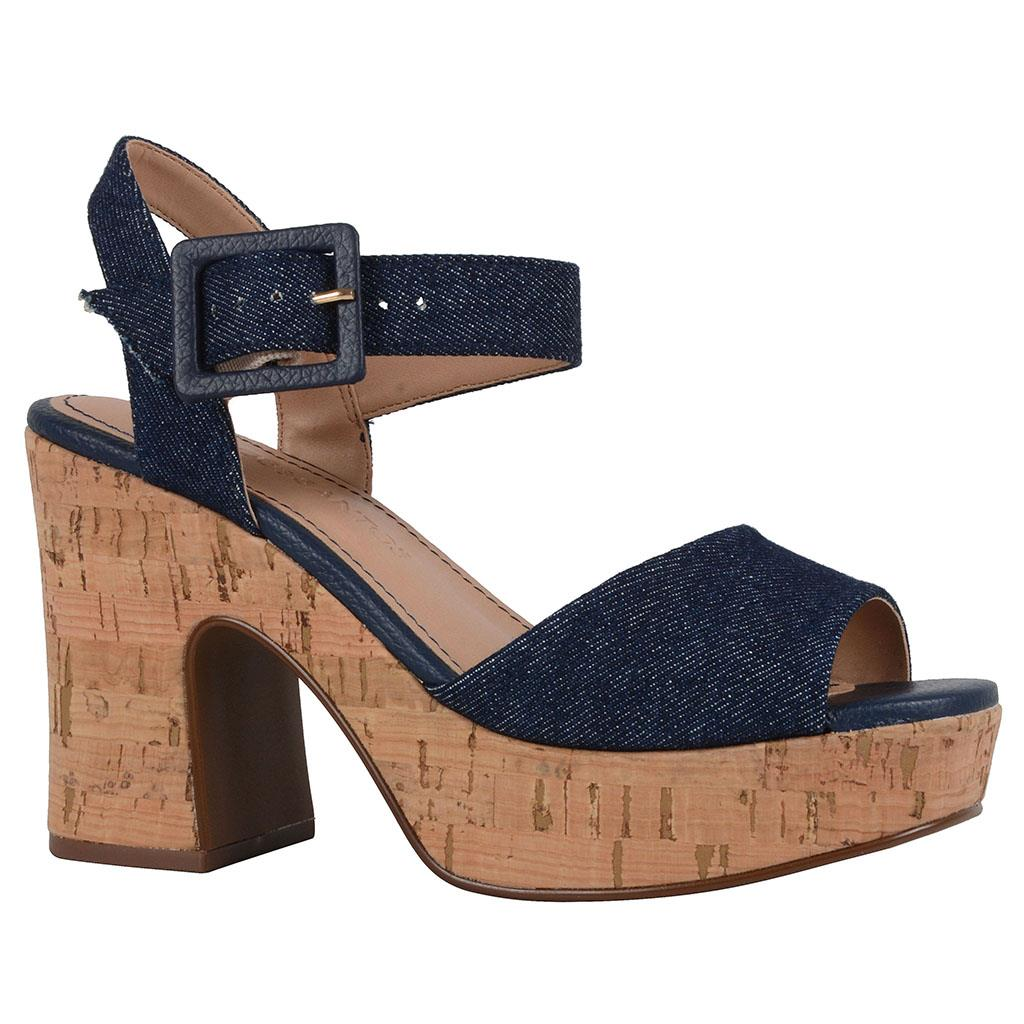 Sandália plataforma jeans