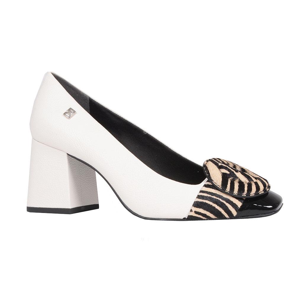 Scarpin branco com pelo zebra I19