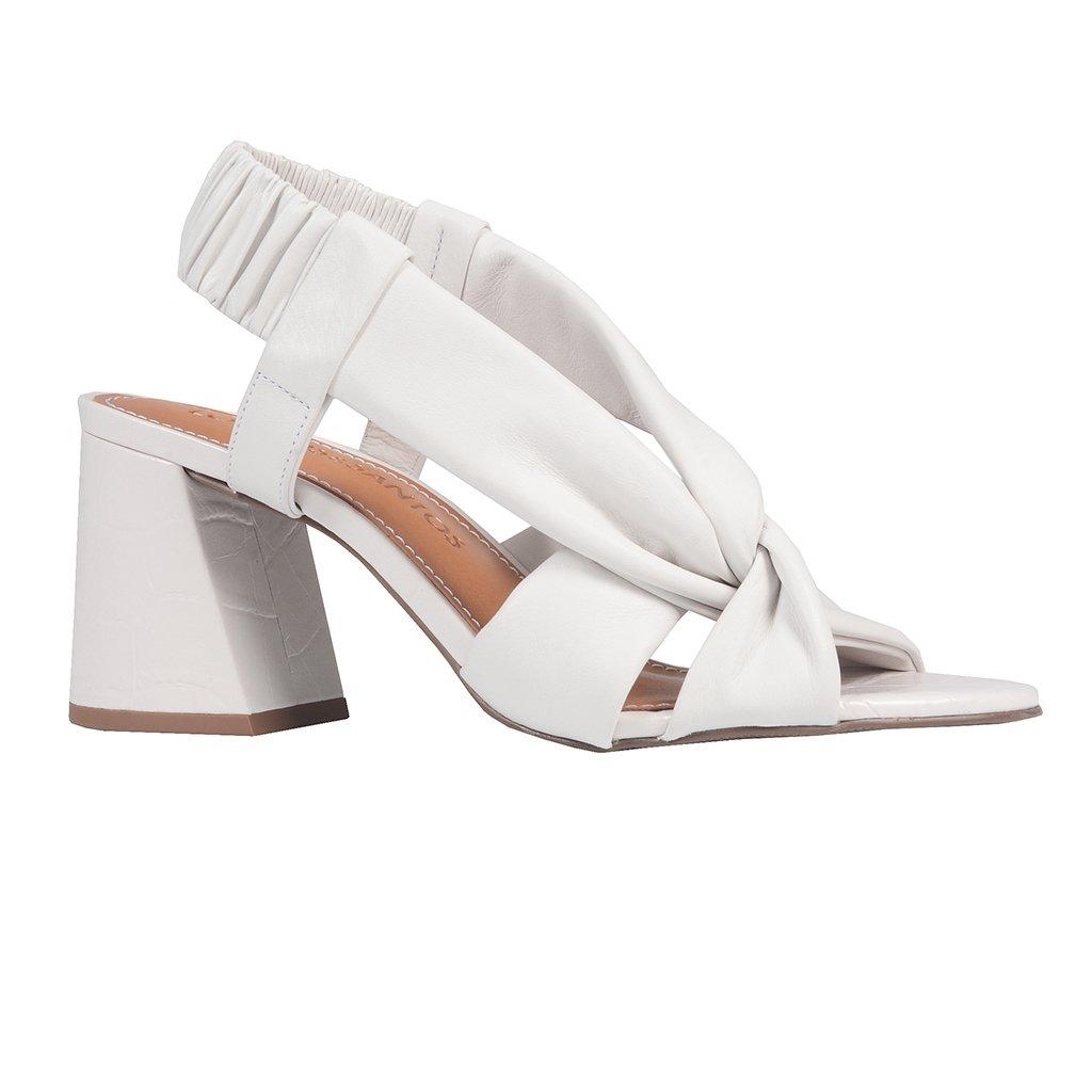 Sandália Branca Com Tiras Maleáveis V21