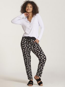 Pijama amamentação com calça estampada e blusa de botões