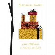 Imagem - Cartão Handmade Beauty Aniversário Estampa Presentes Dourados- Grafon's