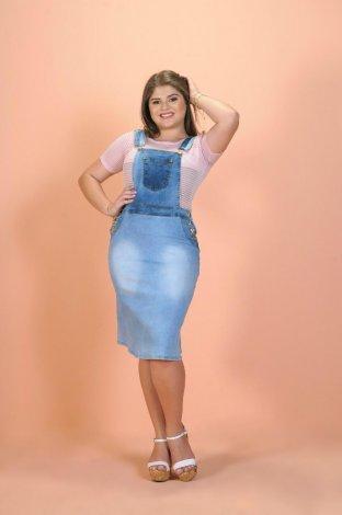 Macacão Jardineira Saia Jeans Modelo Moda Evangélica Plus Size
