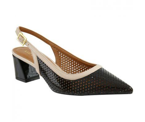 cee8decb3 Sapato Luz da Lua Chanel Couro Micro furos