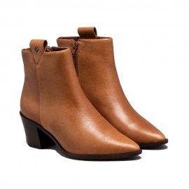 Imagem - Ankle Boot Capodarte Cano Curto Bico Fino Couro