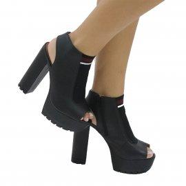 Imagem - Ankle Boot com Meia Pata Salto Alto Vizzano