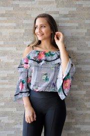 Imagem - Blusa Feminina com Babados Ombros a Mostra