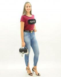 3efb09595 Imagem - Calça Jeans Skinny Feminina Barra com Recorte