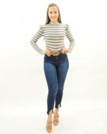 Imagem - Calça Jeans Feminina Cigarrete com Recortes na Barra