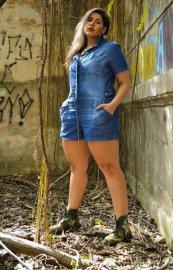 Imagem - Macaquinho Jeans Feminino Plus size Com Manga