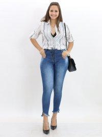 Imagem - Calça Jeans Skinny Feminina com Amarração Frontal
