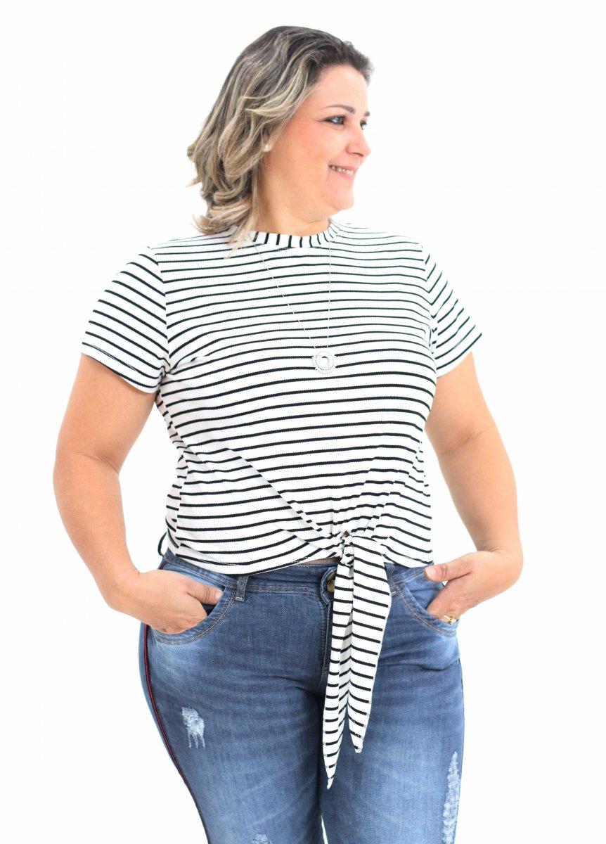 1243f4db96f0 Blusa Feminina Listrada com Amarração Frontal Plus Size