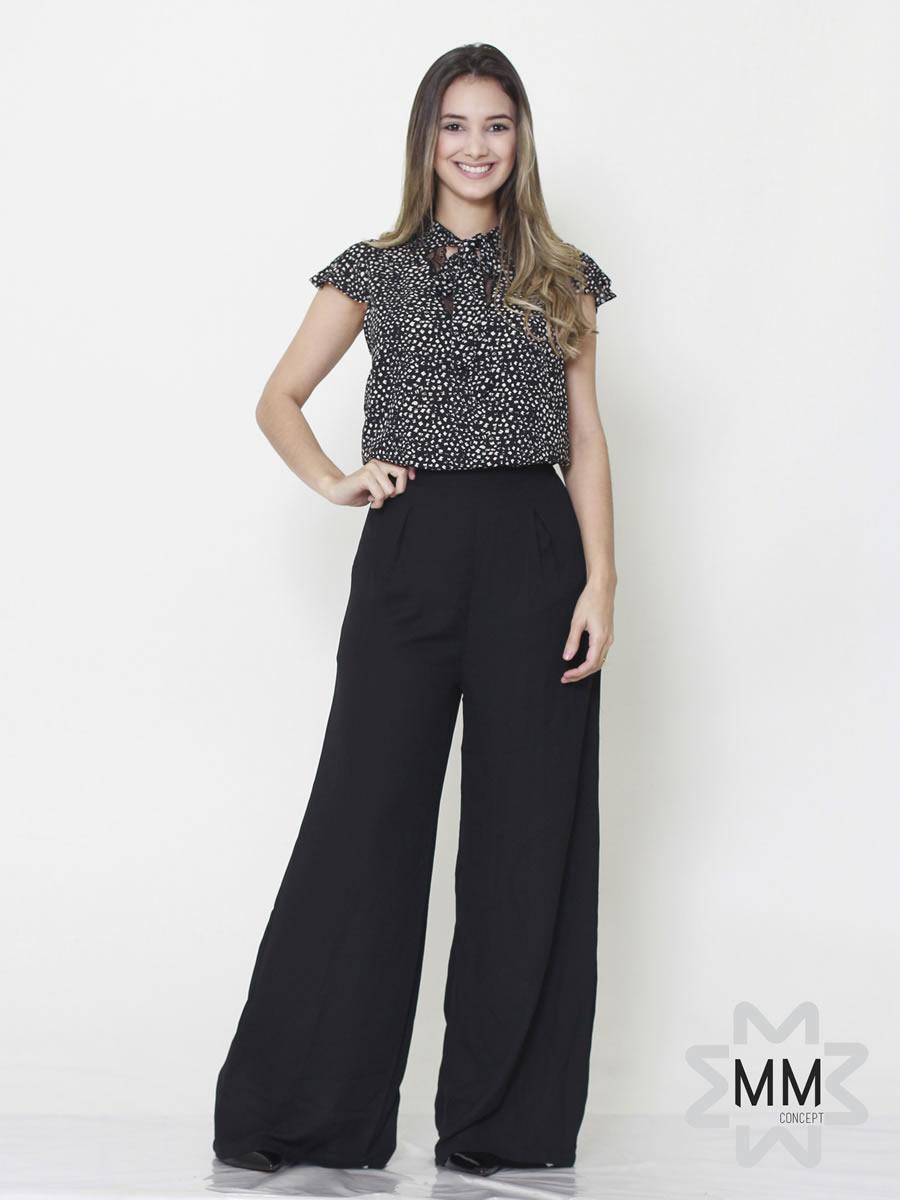 041e751c2 Macacao MM Concept em Crepe Seda Modelo Pantalona Renda