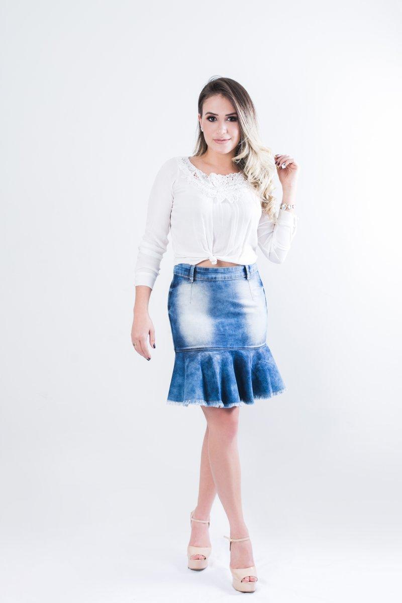 4cf5e5d5e1 Saia Jeans Feminina Babado com Barra Desfiada