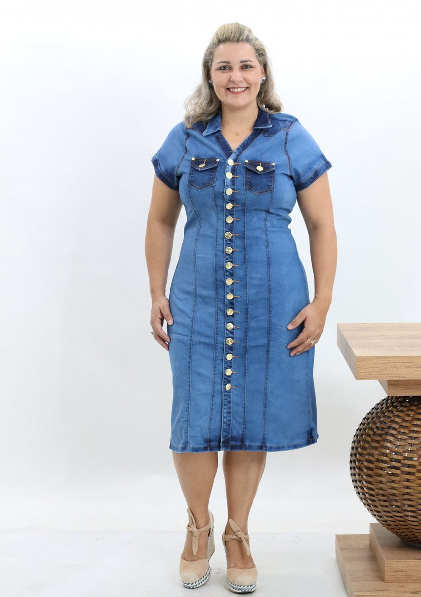 d2a2728799ba0 Vestido Chemise Jeans Plus Size Feminino Botões Na Frente