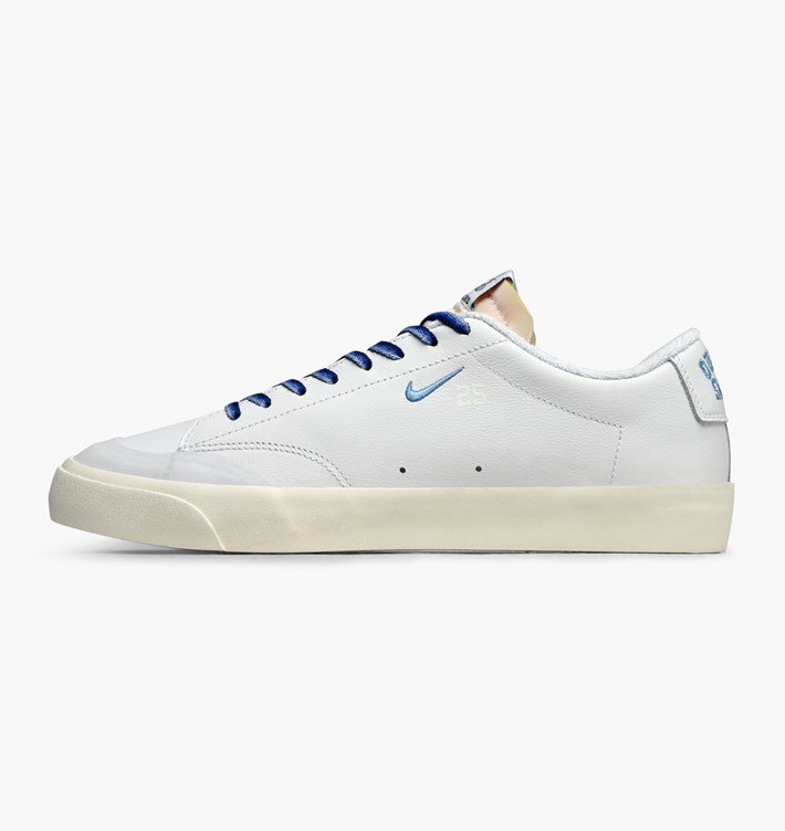 outlet store f4dfe 00521 TÊNIS NIKE SB BLAZER LOW ZOOM X QUARTERSNACKS AQ3499-141 .