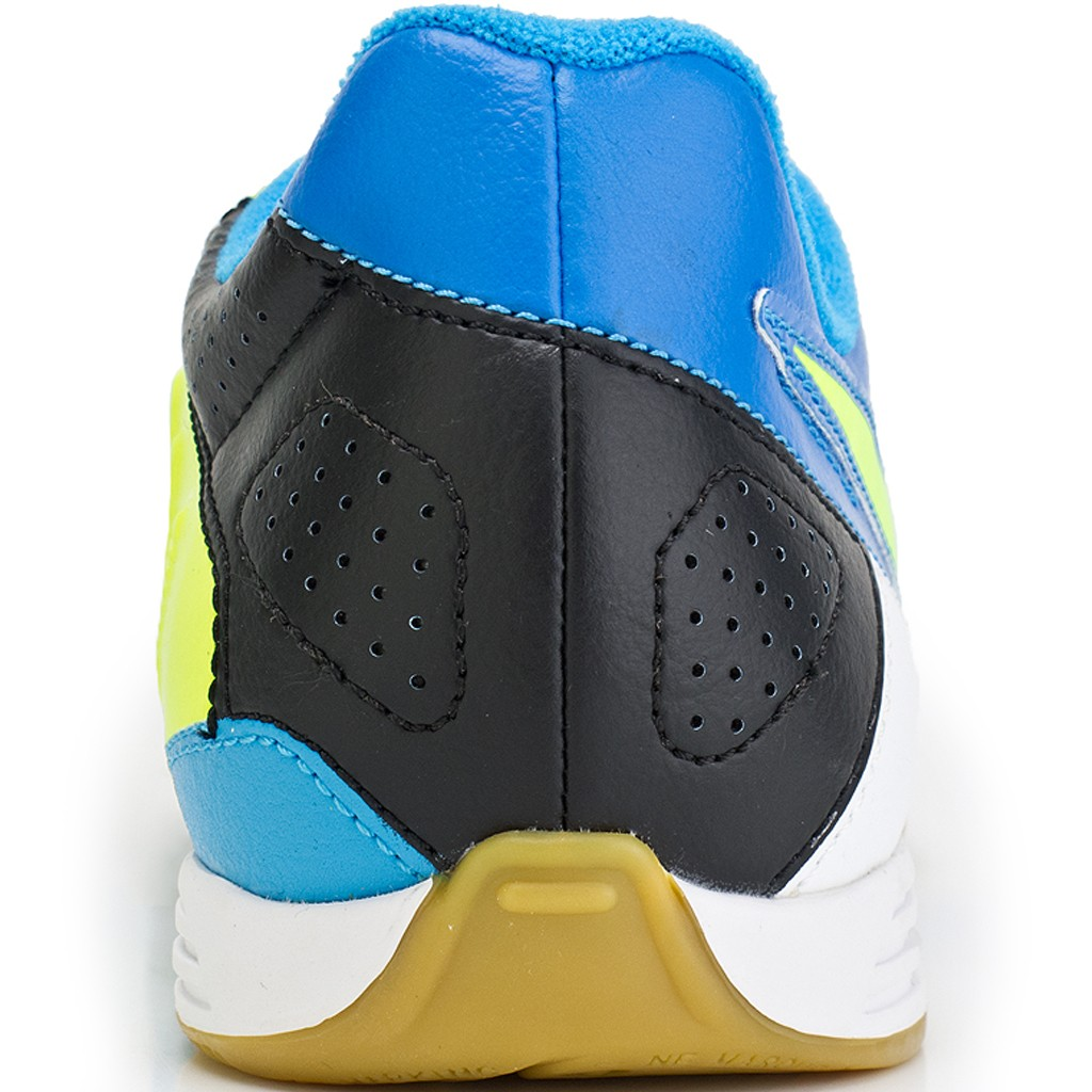 Chuteira Nike CTR 360 Enganche III IC 525177 ... factory outlets  TENIS JR CTR360  ENGANCHE III IC undefinedLoading zoom ... 1f17777275e69