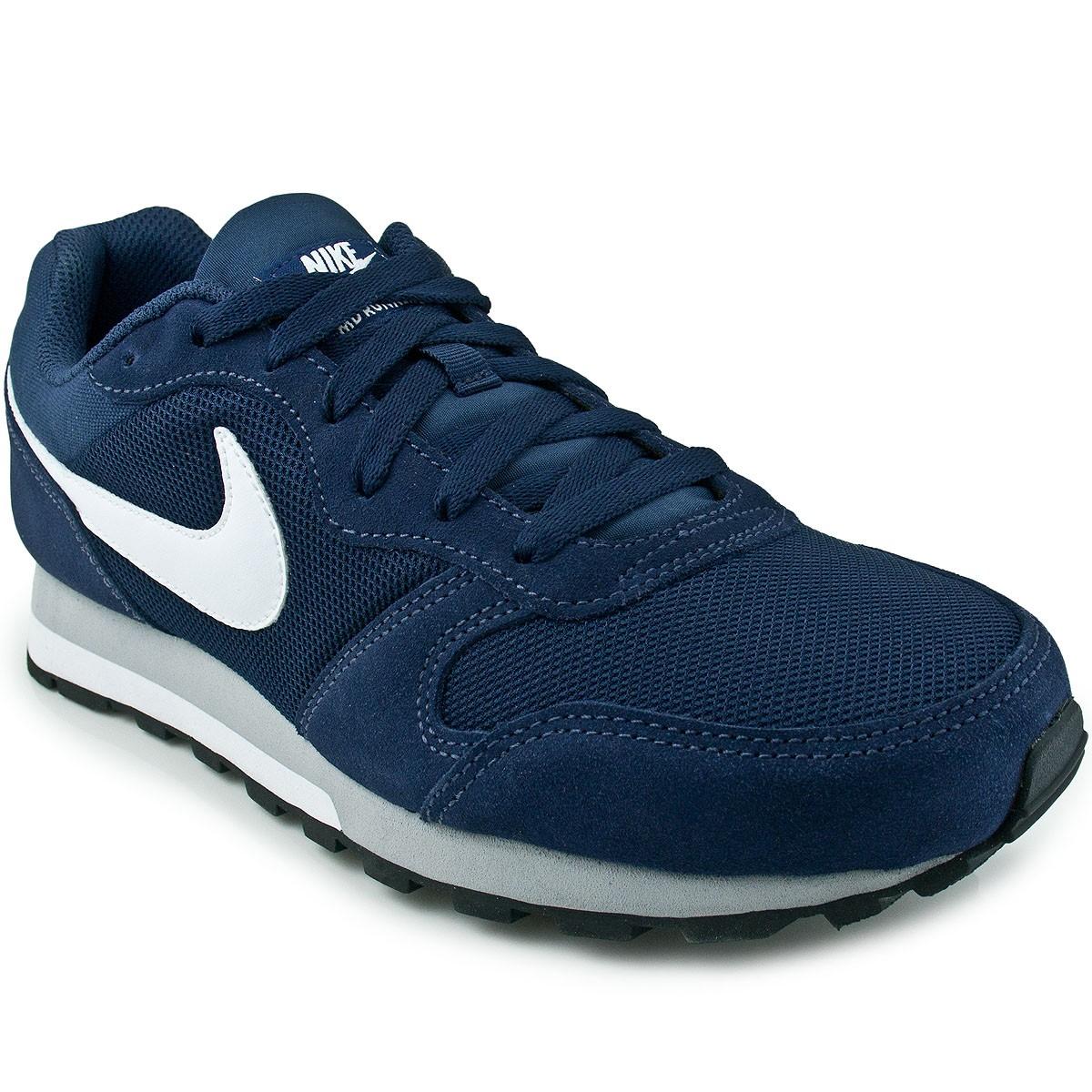 Tênis Nike MD Runner 2 749794  0d6120eb2c415