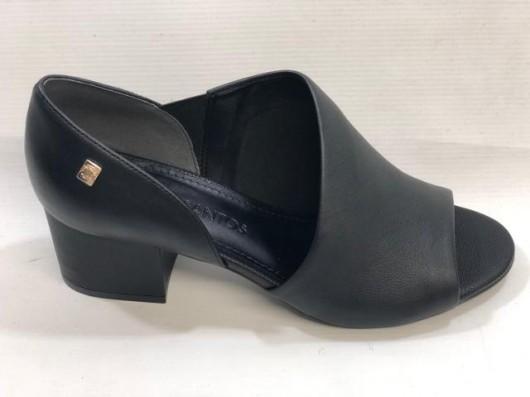 Sapato  Loucos Santos