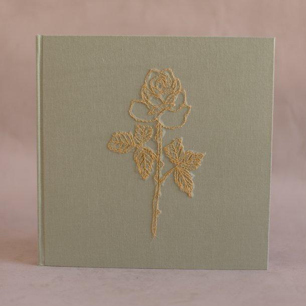 álbum de fotos big bordado verde pistache - coleção avós do amor - mim papelaria