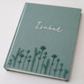 Imagem - álbum m vertical - bordado à mão - mim papelaria