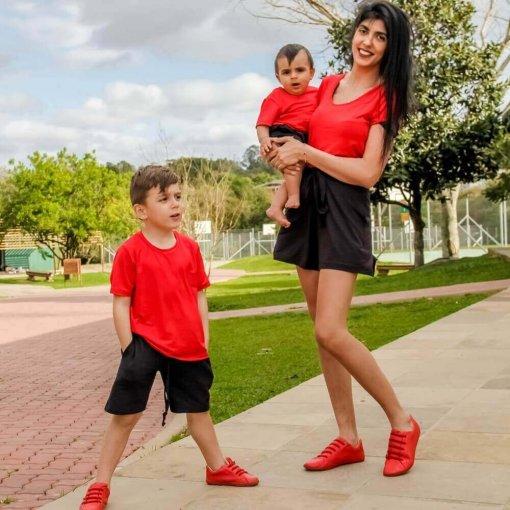 b2b3b1a280e128 Kit 6 peças Bermuda Preto T-shirt Vermelho Mãe e Filho