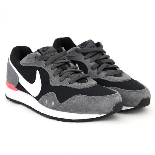 Tenis Nike Venture Runner