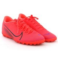 Imagem - Chuteira Society Mercurial Vapor 13 Academy Tf Nike ref: AT7996-606