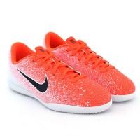 Imagem - Chuteira Nike Indoor Vapor 12 Club ref: AH7354-801