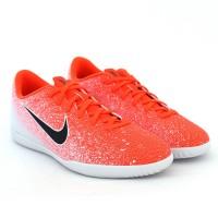 Imagem - Chuteira Indoor Nike Vapor 12 Club ref: AH7385-801