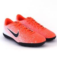 Imagem - Chuteira Society Nike Vapor 12 Club ref: AH7386-801