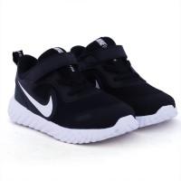 Imagem - Tênis Revolution 5 Infantil Nike ref: BQ5673-003