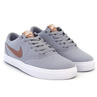 Imagem - Tênis Nike Sb Check Solar ref: 921463-006