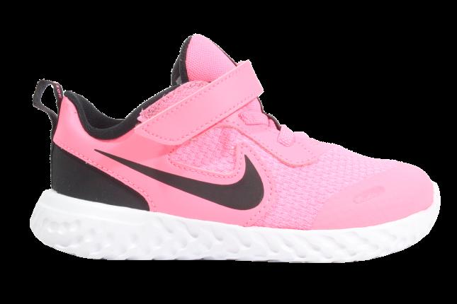 Tênis Nike Revolution 5 TD
