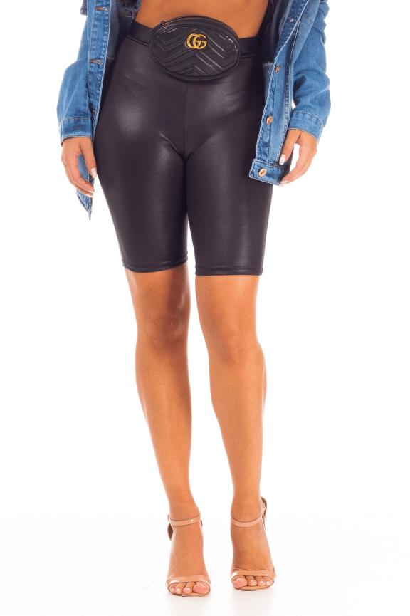 Biker Shorts em Cirrê