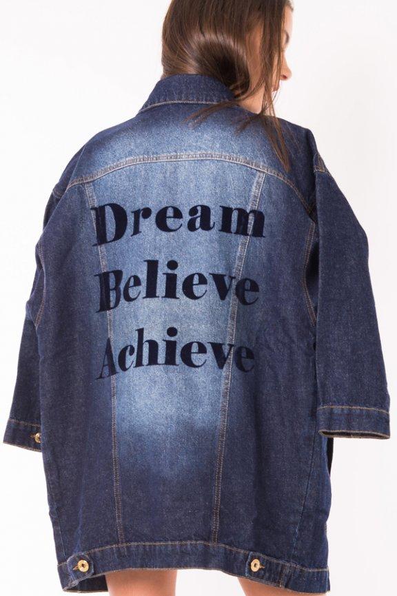 Jaqueta Jeans Oversized com Lettering nas Costas