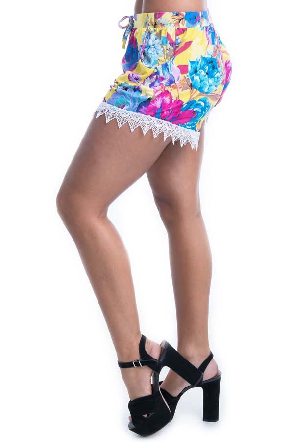 Shorts com Rendinha