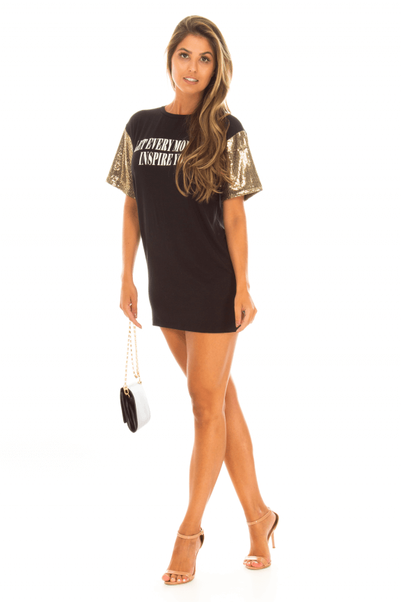 T-shirt Dress com Manga de Paetês