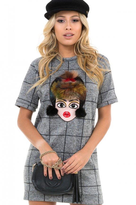 T-shirt Dress Xadrez com Aplicação