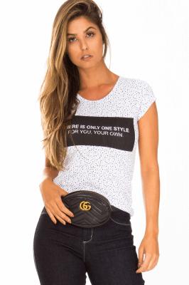 Imagem - Blusa Básica com Estampa Frontal