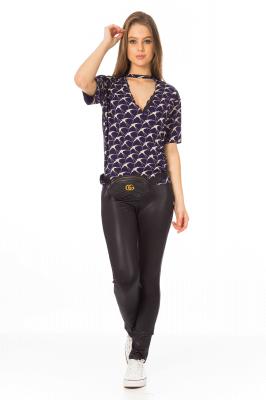 Imagem - Blusa Estampada com Gola Choker