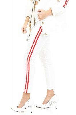 Imagem - Calça Hot Pants com Listra Lateral