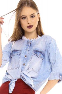 Imagem - Camisa Jeans com Detalhe Destroyed