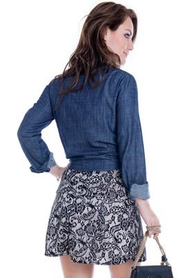 Imagem - Camisa Jeans Cropped com Bolso