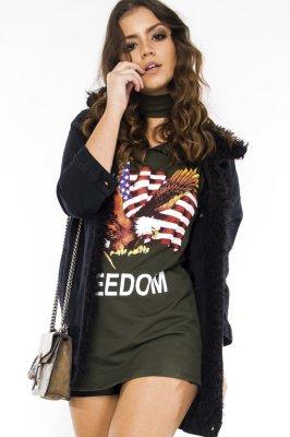 Imagem - Jaqueta Jeans Oversized com Detalhe de Pelo